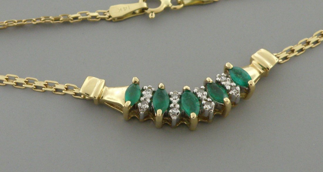 VINTAGE 14K GOLD MARQUISE CUT EMERALDS DIAMOND NECKLACE