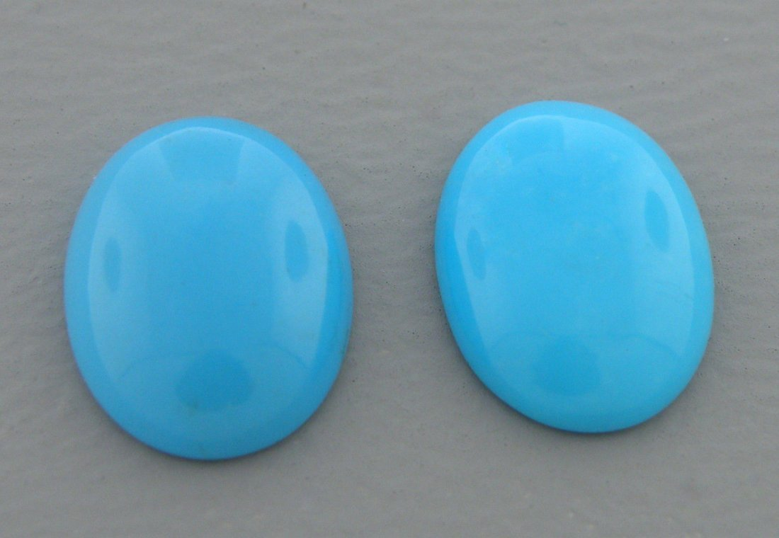 NATURAL MATCHING PAIR TURQUOISE OVAL CABOCHON 18X13mm