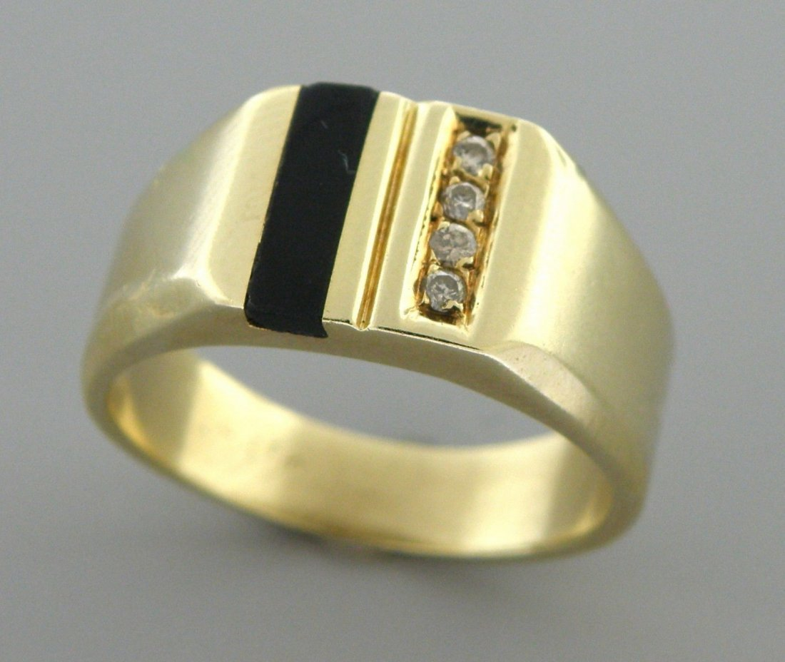 VINTAGE 14K YELLOW GOLD MEN'S SIGNET DIAMOND ONYX RING