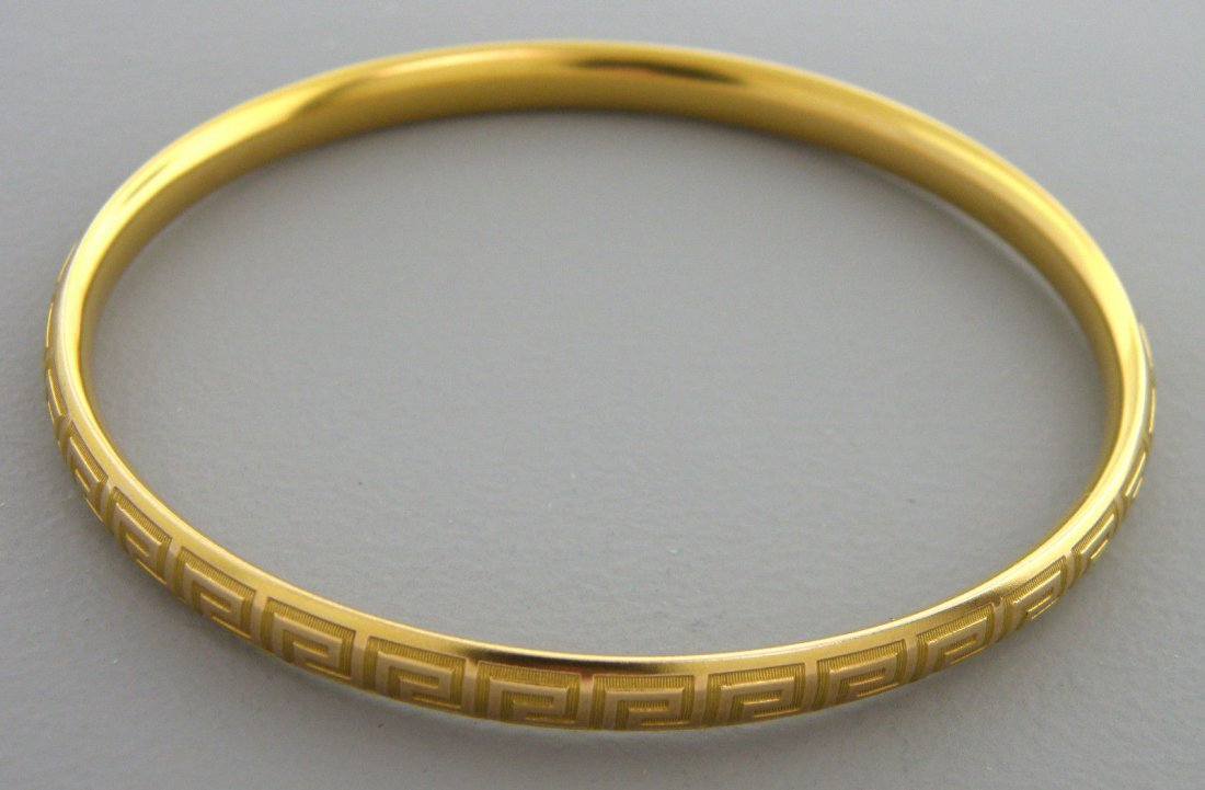 14K YELLOW GOLD GREEK KEY OVAL BANGLE BRACELET LARGE
