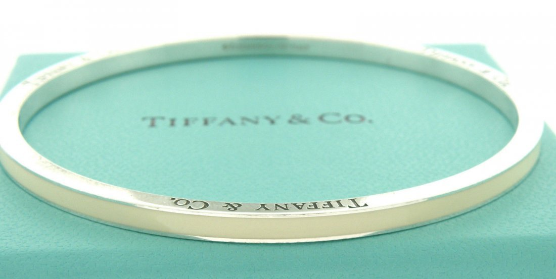 TIFFANY & Co. STERLING WHITE ENAMEL STRIPED BANGLE