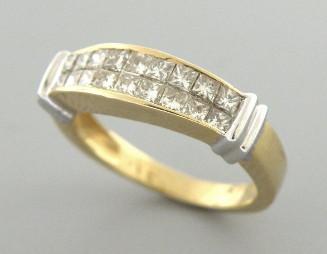 14K YELLOW GOLD LADIES DIAMOND RING PRINCESS CUT