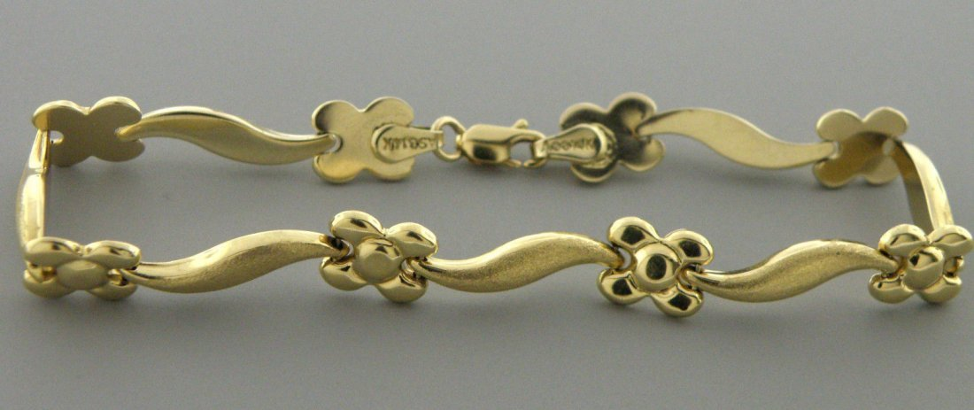 VINTAGE 14K YELLOW GOLD FLOWER LINK LADIES BRACELET