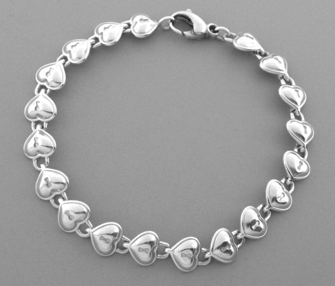 TIFFANY & Co. STERLING SILVER PADLOCK HEART BRACELET