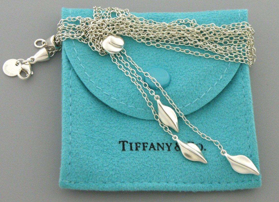 TIFFANY & Co. STERLING SLVER THREE LEAF DANGLE NECKLACE