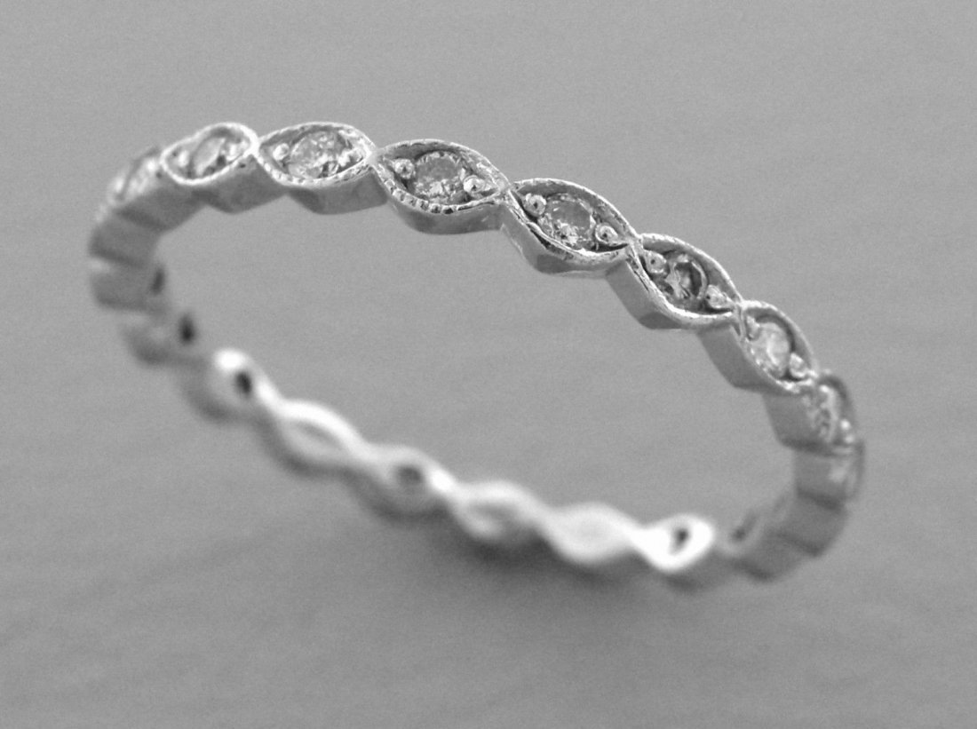 14K WHITE GOLD FULL ETERNITY LADIES DIAMOND RING BAND