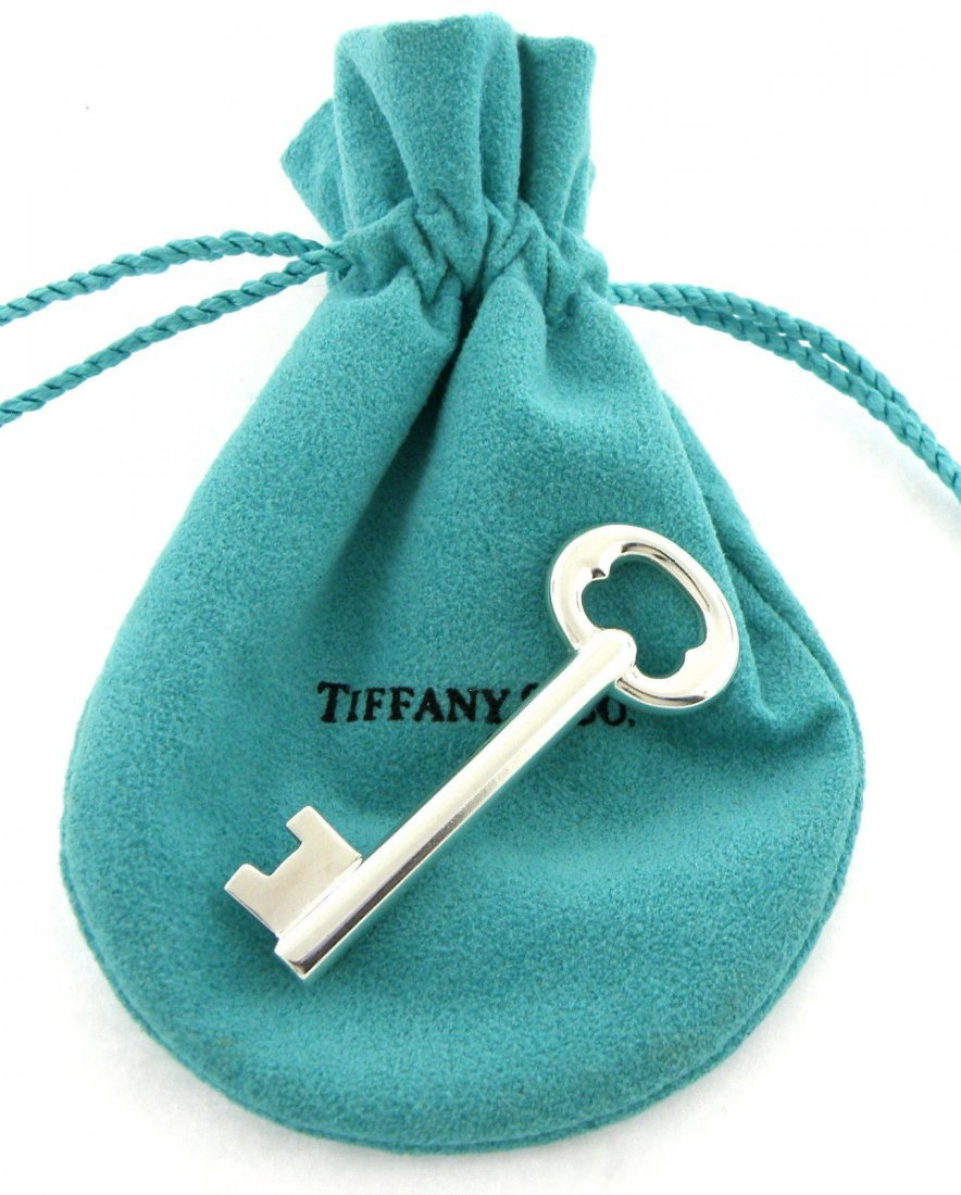 VINTAGE TIFFANY & Co. STERLING SILVER KEY PIN BROOCH
