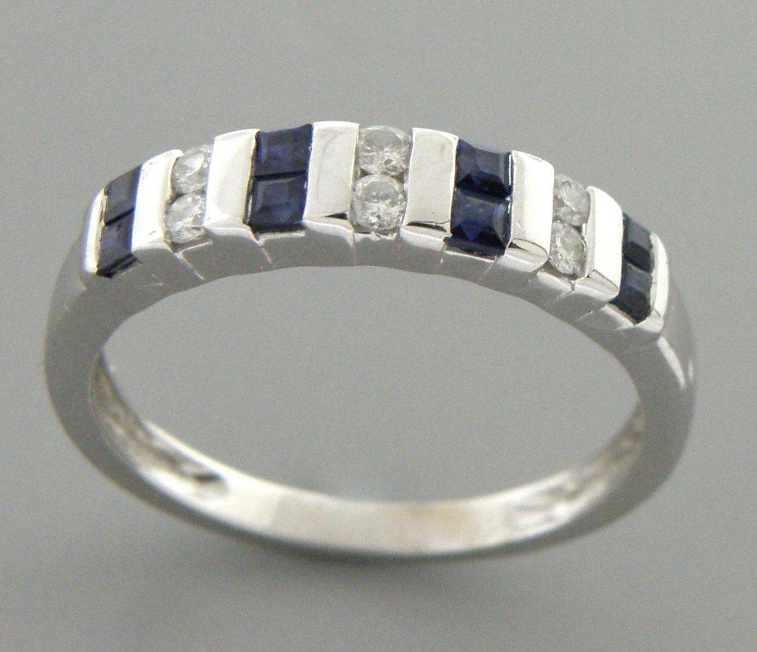 14K WHITE GOLD DIAMOND & NATURAL BLUE SAPPHIRE RING