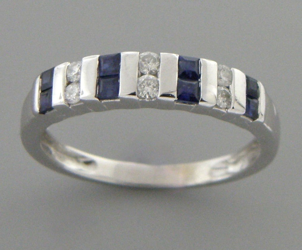 14K WHITE GOLD DIAMOND & NATURAL BLUE SAPPHIRE RING - 2