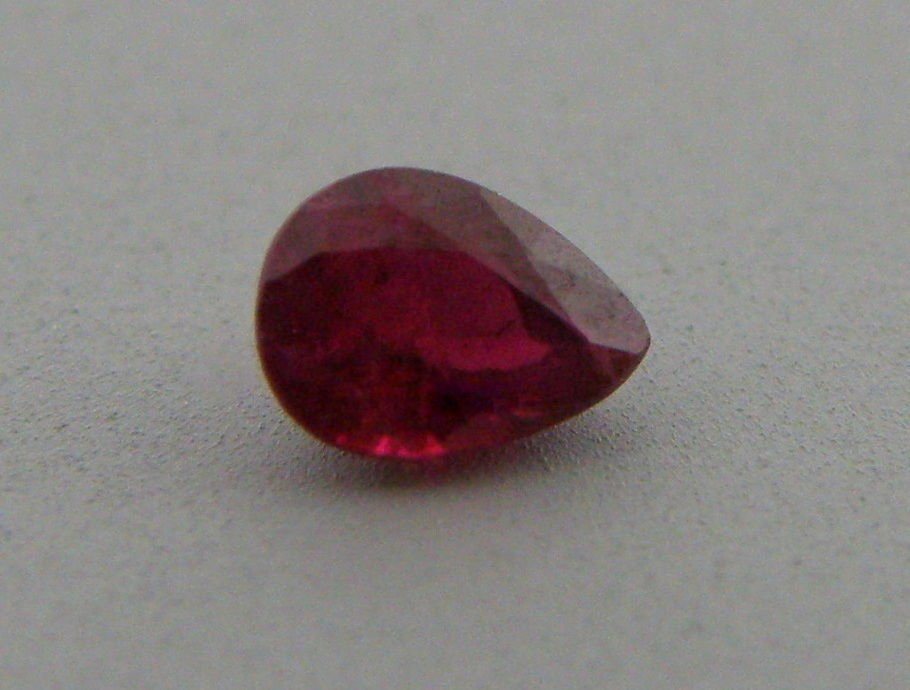 5x3mm PEAR SHAPE LOOSE NATURAL PIGEON BLOOD RED RUBY