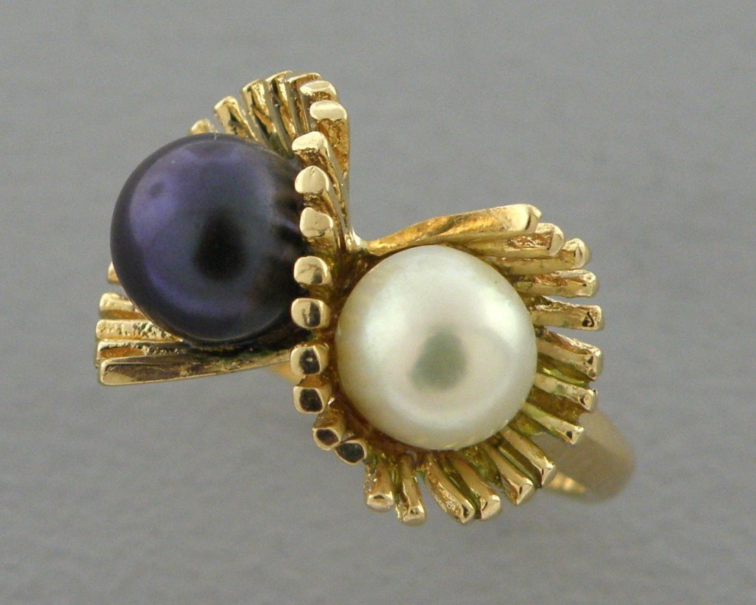 14K YELLOW GOLD DOUBLE PEARL LADIES RING UNIQUE DESIGN