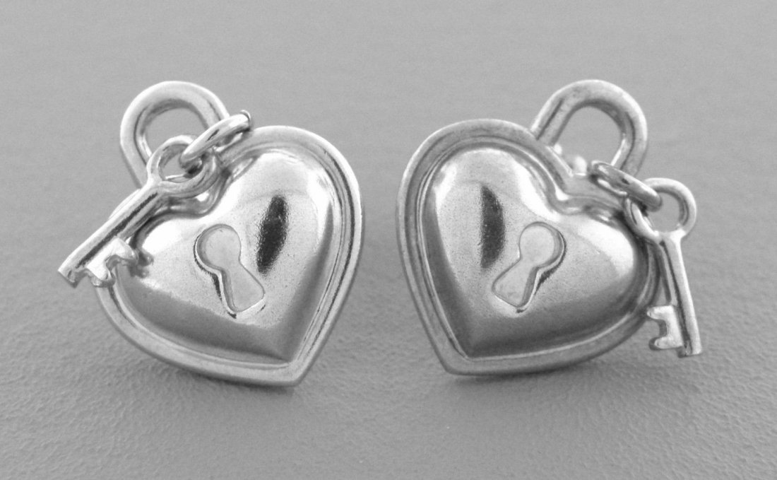 TIFFANY & Co. STERLING SILVER PADLOCK HEART EARRINGS