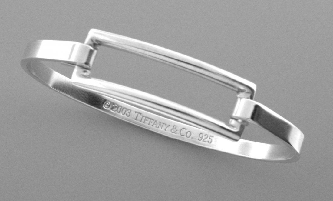 TIFFANY & Co. STERLING SILVER LADIES RECTANGLE BANGLE
