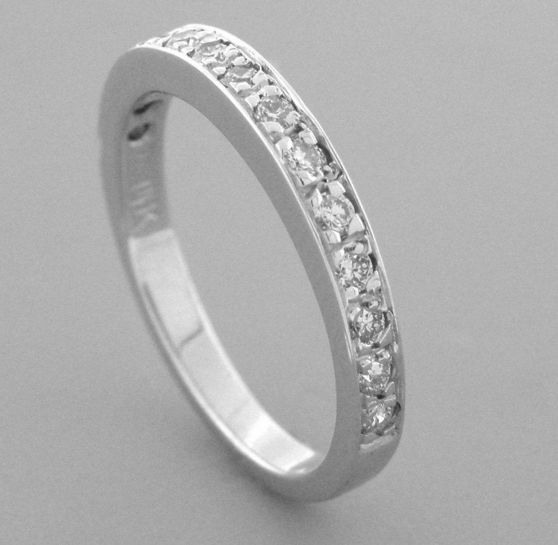 14K WHITE GOLD LADIES DIAMOND RING 0.28CT DIAMOND BAND - 2