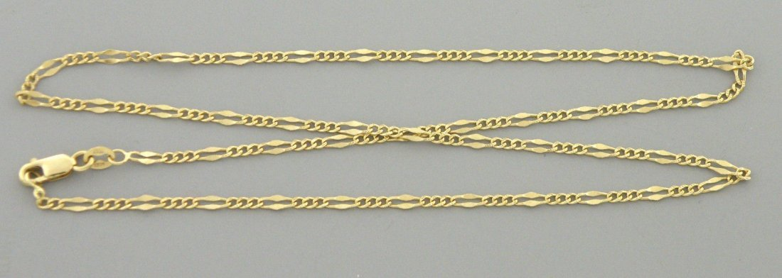 "VINTAGE 14K YELLOW GOLD CHAIN, 18"" UNISEX FIGARO 2.4MM"