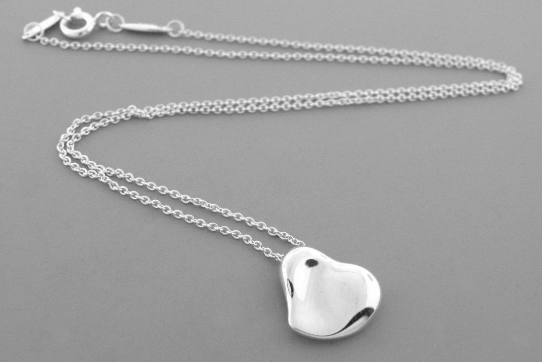 TIFFANY & Co. STERLING SILVER FULL HEART NECKLACE - 2