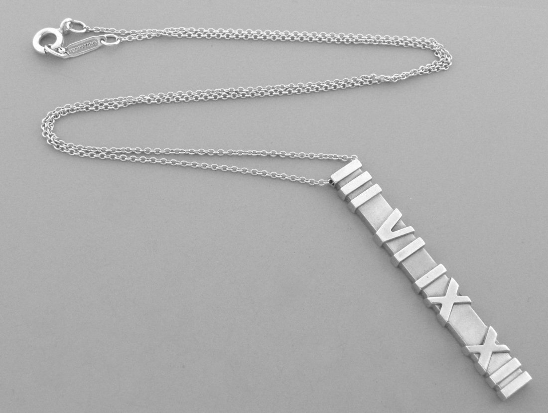 TIFFANY & Co. STERLING SILVER ATLAS MATTE BAR NECKLACE