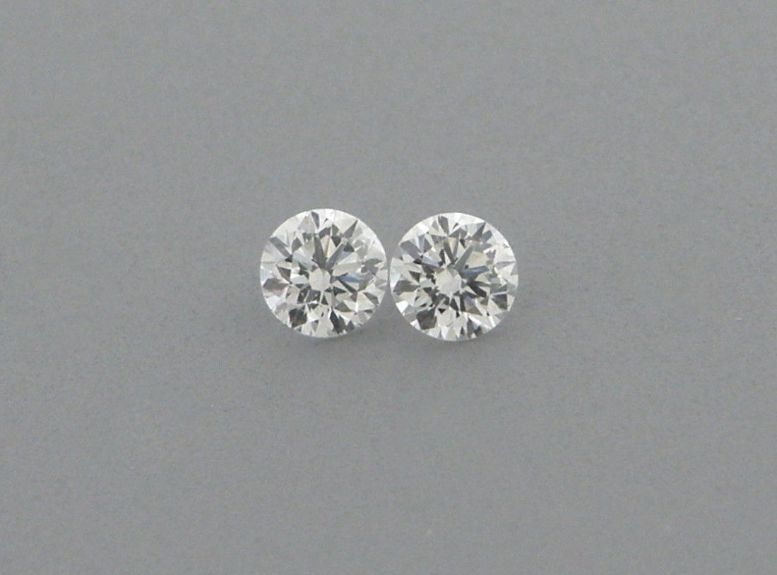 2.7mm MATCHING PAIR BRILLIANT ROUND DIAMOND G VS