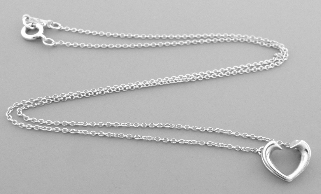 TIFFANY & Co. STERLING SILVER TENDERNESS HEART NECKLACE - 2