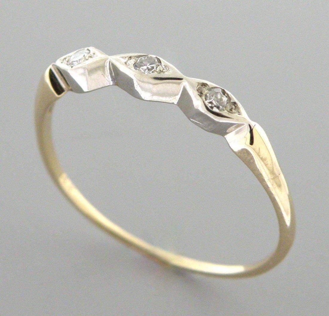 VINTAGE 14K YELLOW GOLD LADIES DIAMOND RING