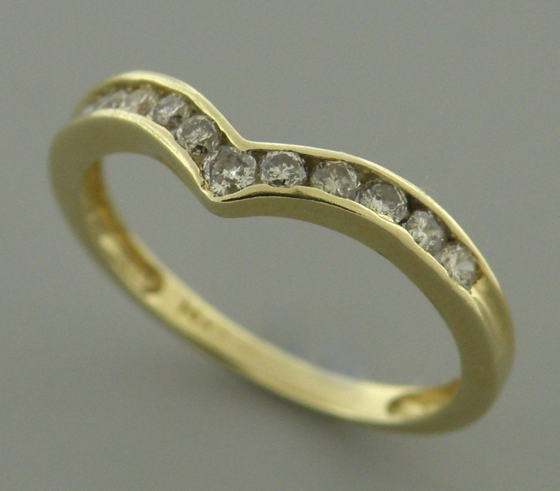 VINTAGE 14K YELLOW GOLD LADIES DIAMOND WISHBONE RING