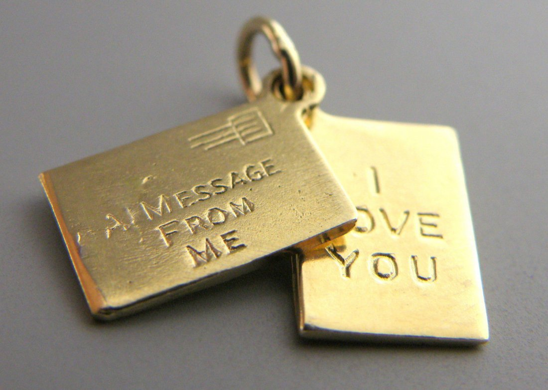 VINTAGE 14K ENVELOPE MESSAGE I LOVE YOU PENDANT CHARM