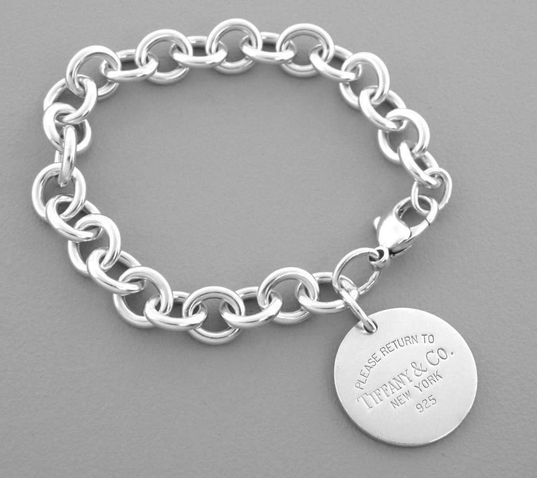 TIFFANY & Co. STERLING SILVER RETURN TO. BRACELET