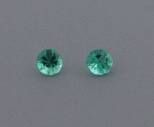 2.8mm MATCHING PAIR ROUND COLOMBIAN EMERALD GREEN