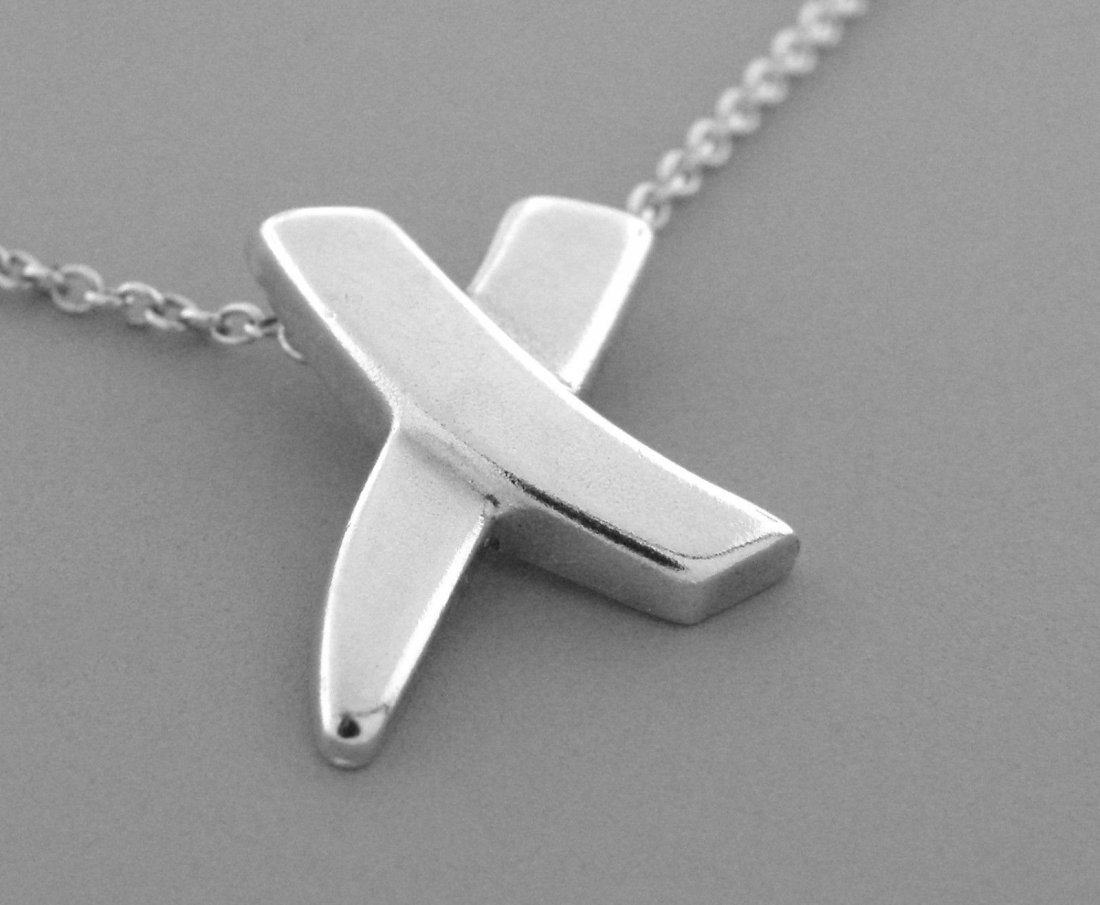 TIFFANY & Co. STERLING SILVER X NECKLACE PALOMA PICASSO