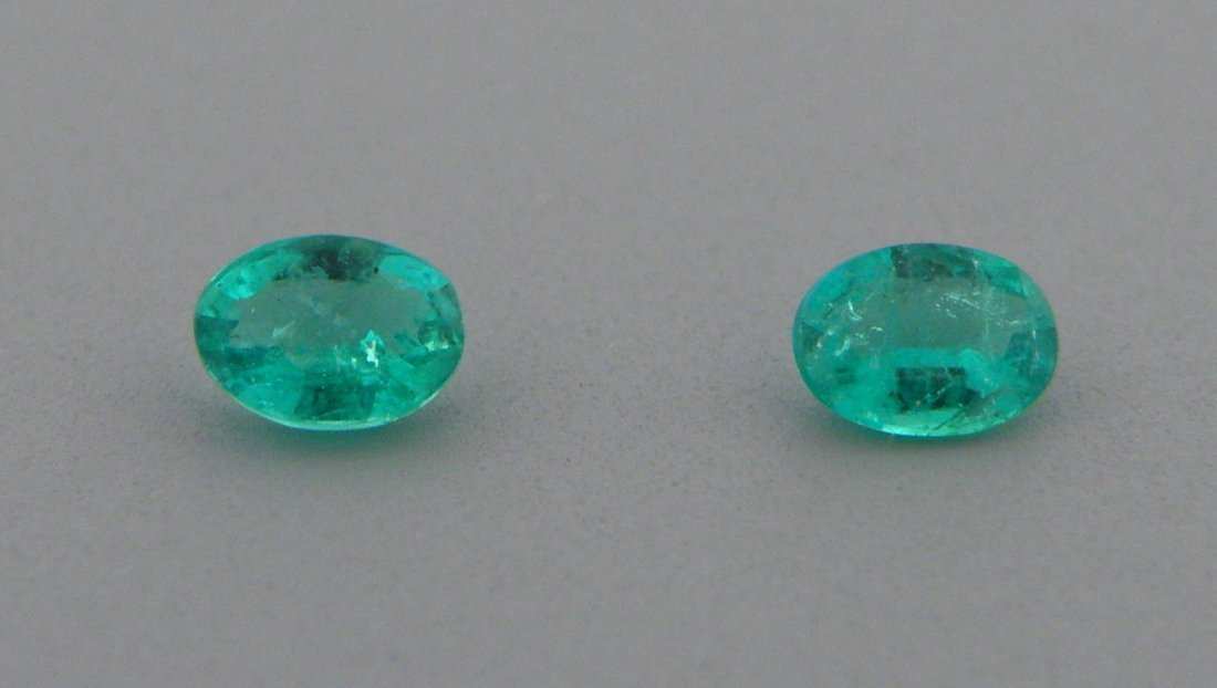 4x3mm MATCHING PAIR OVAL CUT NATURAL COLOMBIAN EMERALD