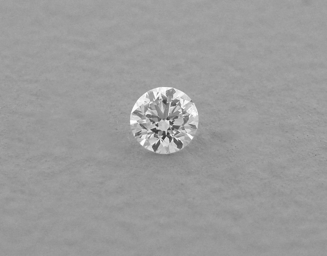 2.5mm BRILLIANT ROUND CUT UNTREATED DIAMOND G VS2