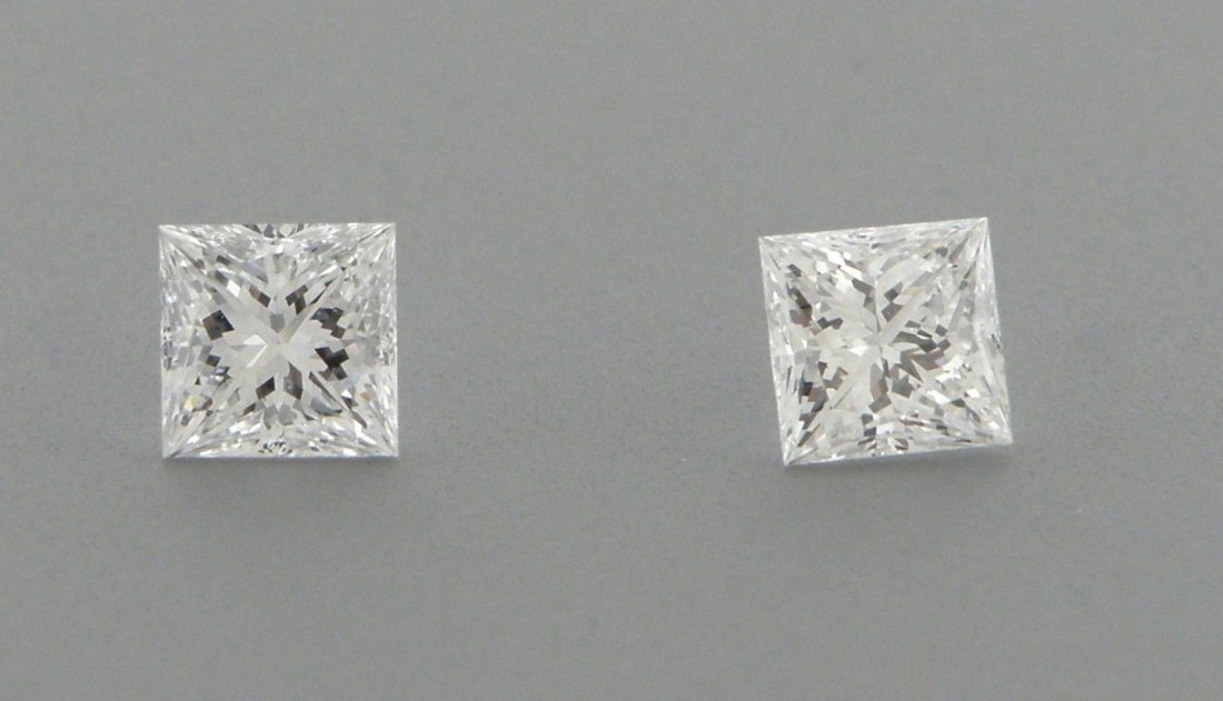 2.5mm MATCHING PAIR PRINCESS UNTREATED DIAMOND F VVS1
