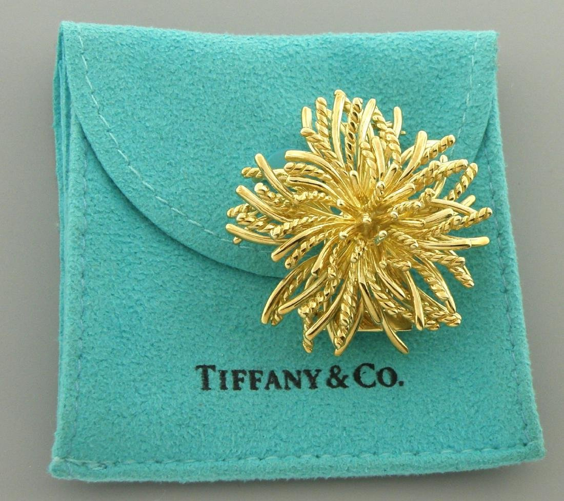 TIFFANY & Co. 18K GOLD ANEMONE BROOCH PIN OR PENDANT