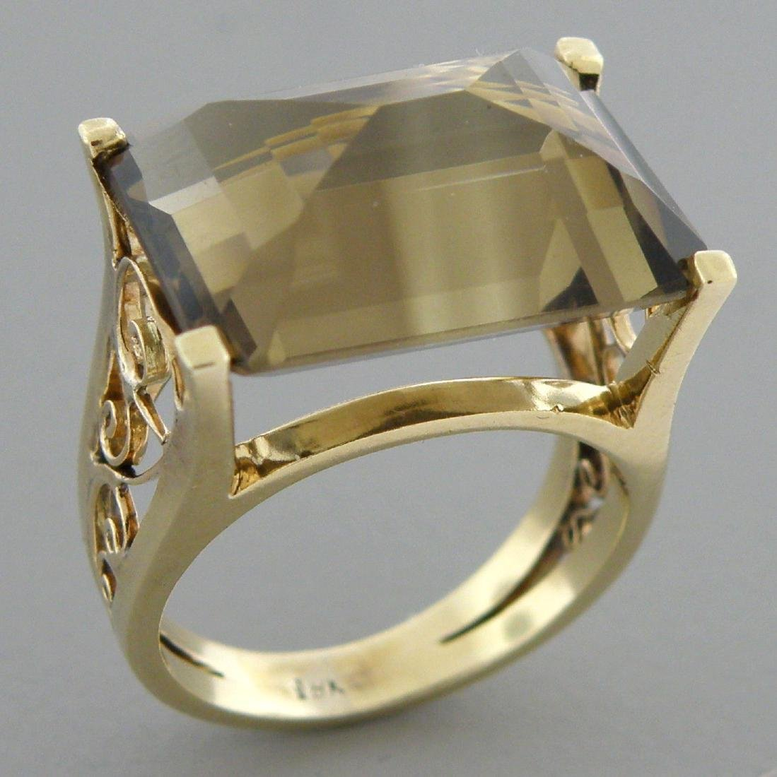 VINTAGE 18K YELLOW GOLD SMOKY TOPAZ COCKTAIL RING
