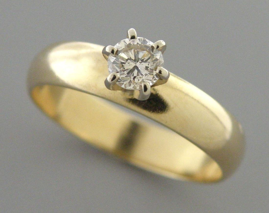 VINTAGE 14K YELLOW GOLD DIAMOND LADIES ENGAGEMENT RING