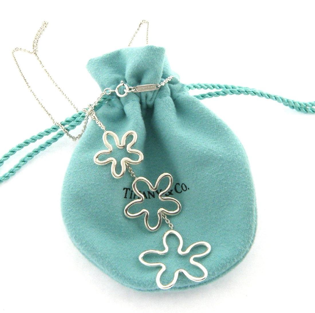 TIFFANY & Co. STERLING SILVER DANGLE FLOWER NECKLACE