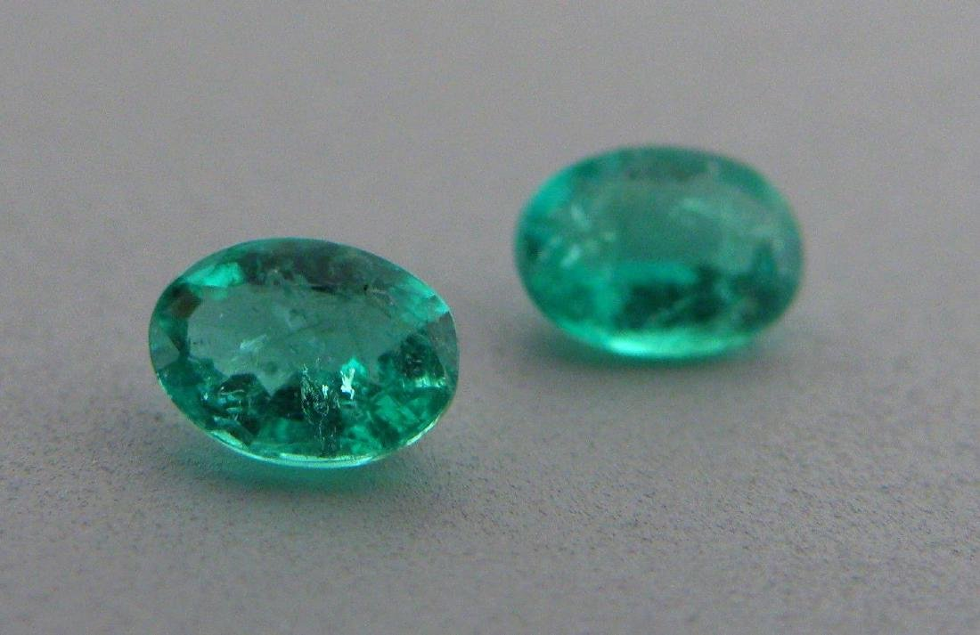 6x4mm MATCHING PAIR OVAL CUT COLOMBIAN EMERALD