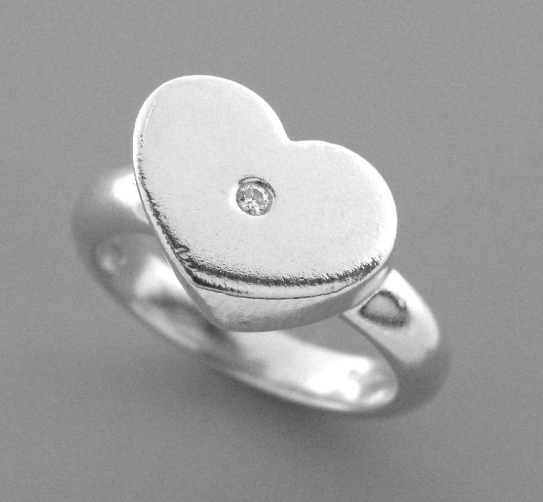 TIFFANY & Co. STERLING SILVER HEART DIAMOND RING