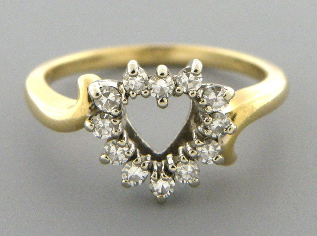VINTAGE 14K YELLOW GOLD DIAMOND HEART LADIES RING