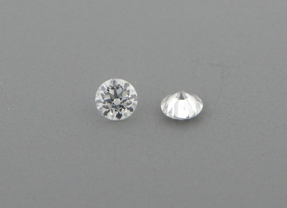 2.3mm MATCHING PAIR BRILLIANT ROUND DIAMOND G VS2