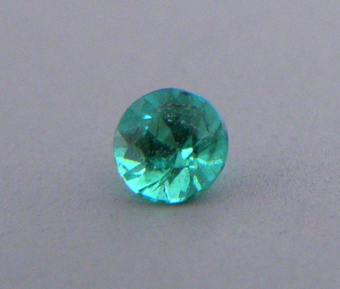 3.5mm ROUND CUT NATURAL COLOMBIAN EMERALD