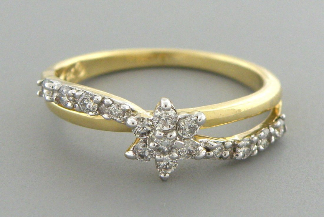 14K YELLOW GOLD DIAMOND FLOWER GIRLS LADIES RING 0.30CT