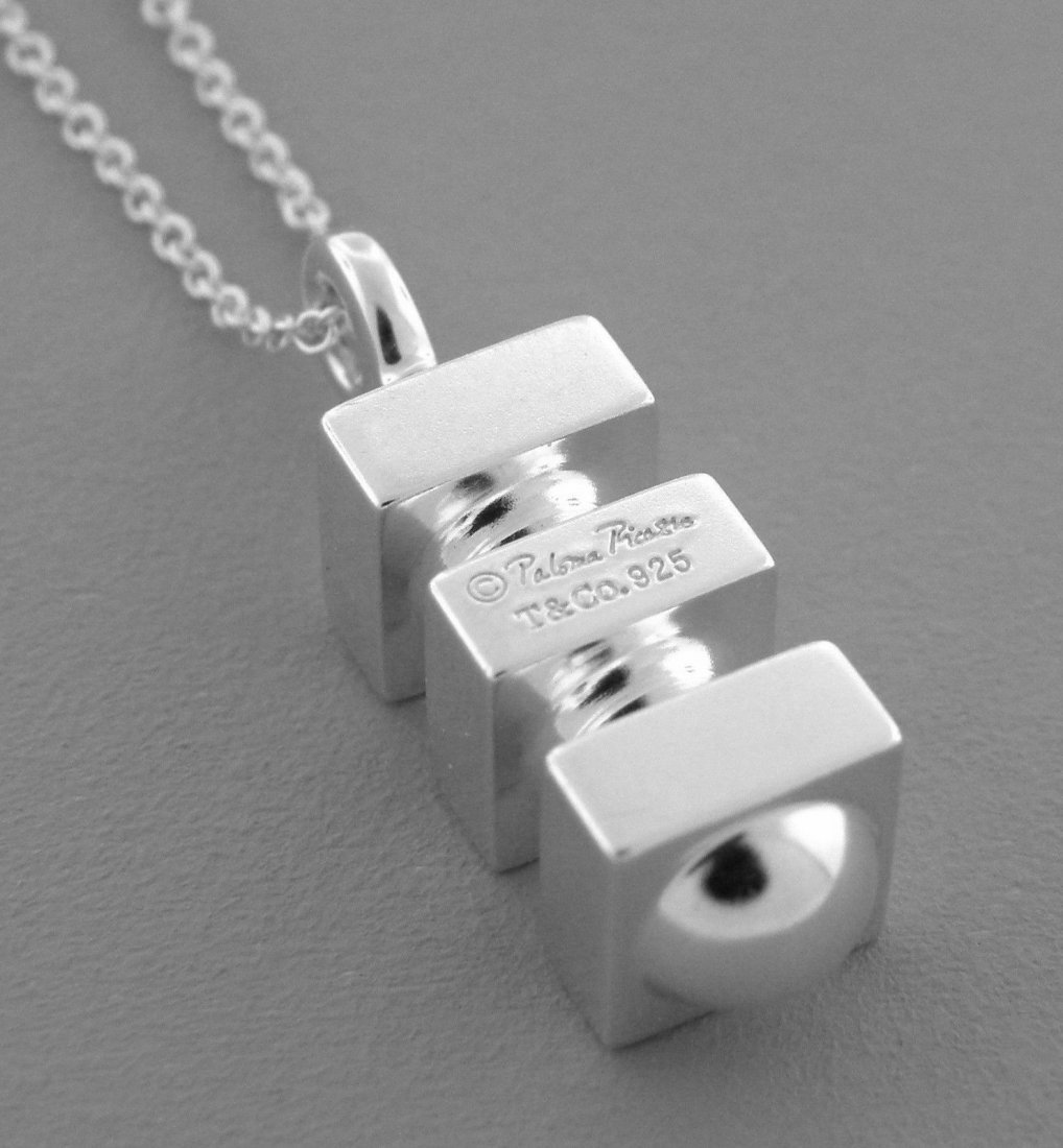 TIFFANY & Co. STERLING SILVER PICASSO GROOVE NECKLACE