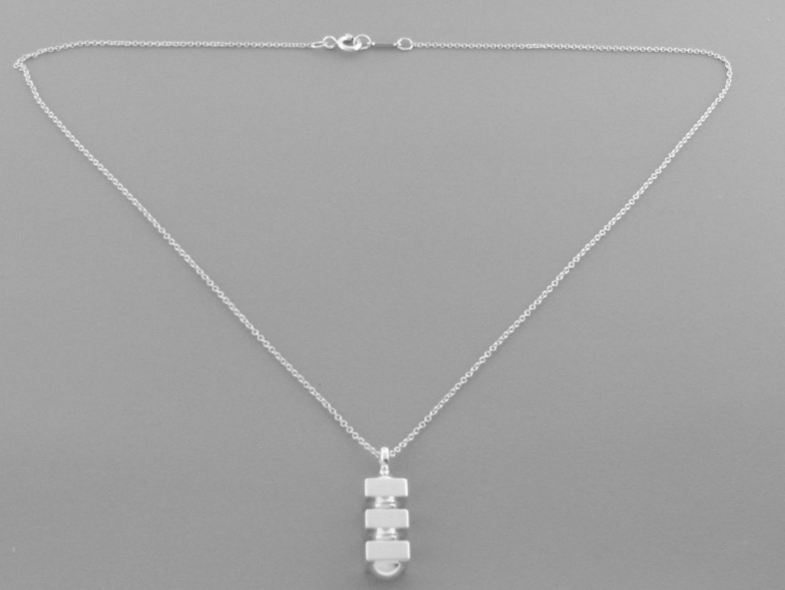 TIFFANY & Co. STERLING SILVER PICASSO GROOVE NECKLACE - 2