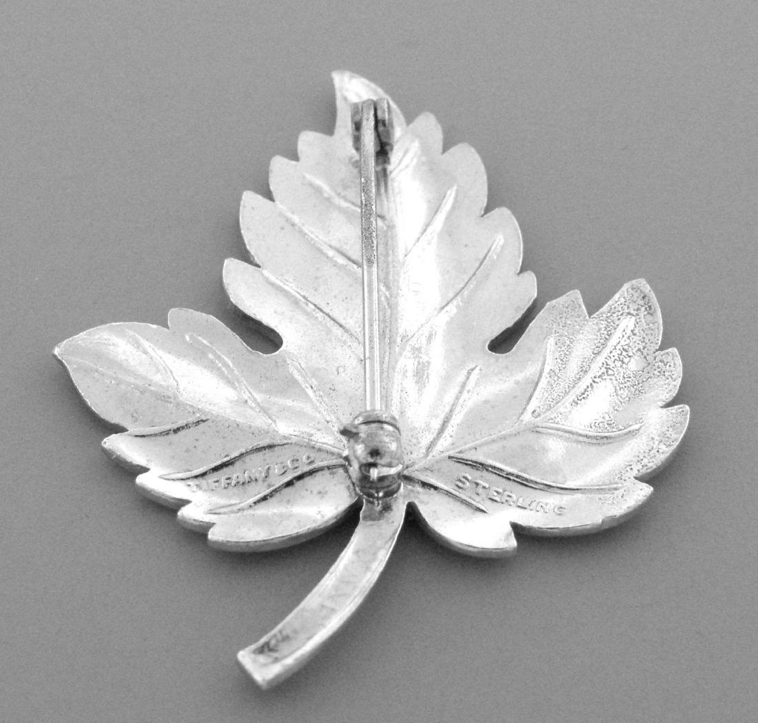 VINTAGE TIFFANY & Co. STERLING SILVER LEAF BROOCH PIN - 2