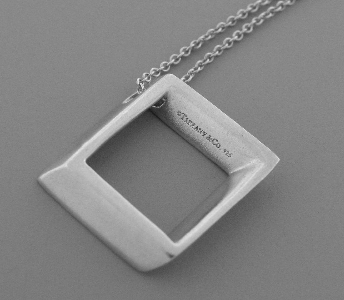 TIFFANY & Co. STERLING SQUARE MODERN PENDANT NECKLACE