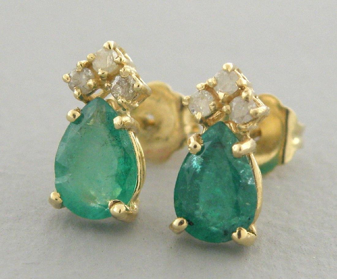 14K YELLOW GOLD LADIES DIAMOND & EMERALD STUD EARRINGS