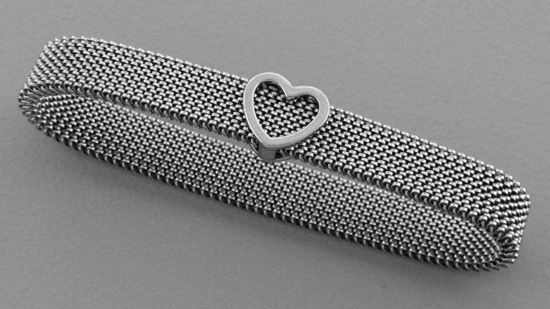 TIFFANY & Co. HEART MESH REVERSIBLE BRACELET STEEL