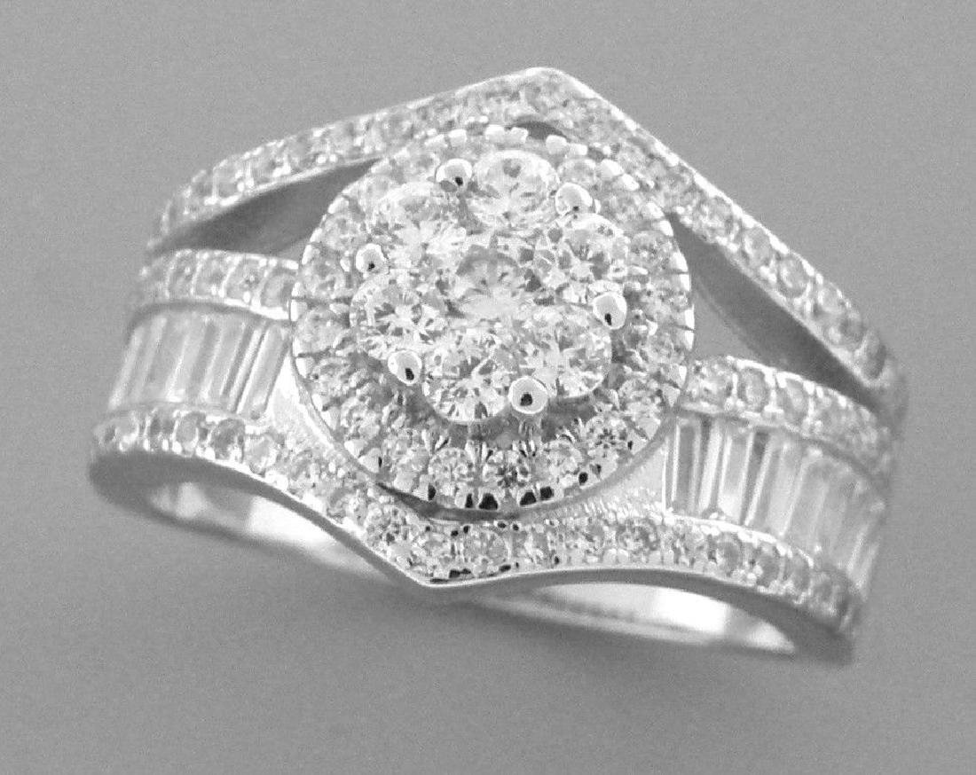 STERLING SILVER LADIES CZ LARGE CLUSTER COCKTAIL RING