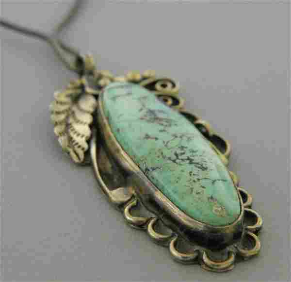 VINTAGE NAVAJO STERLING SILVER TURQUOISE NECKLACE